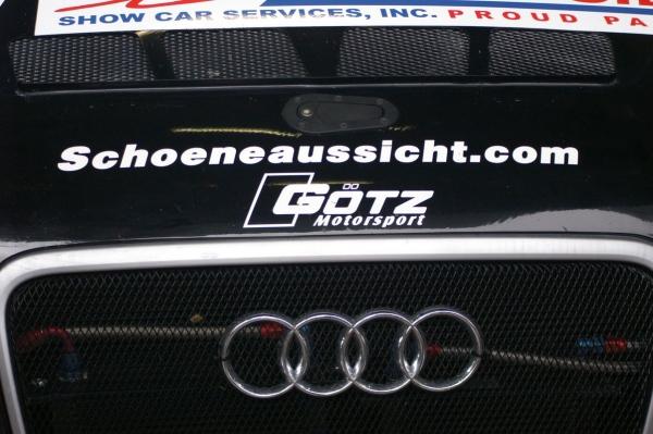 VLN 2015 Lauf 7 - Boxengasse - Audi rings